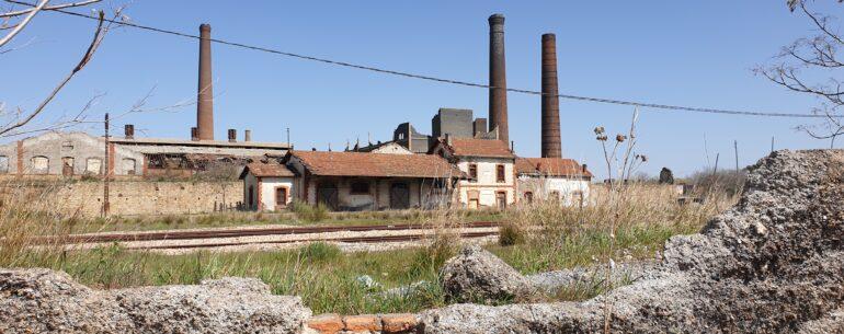 Factory in Penarroya-Pueblonuevo - evaogmalthe.dk wall