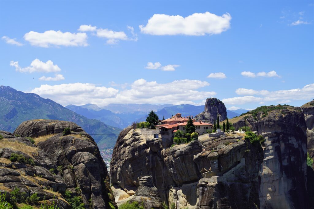 Meteora. For your eyes only 007. Holy Trinity Monastry www.evaogmalthe.dk